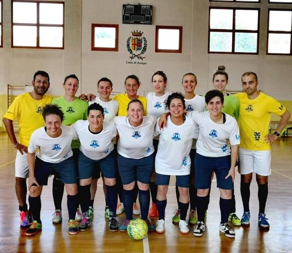 La squadra Femminile dell'UNITED FUTSAL ROSSANO FCD che milita nella Serie C FEM - Gir. UNICO